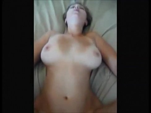 Horny girlfriend makes tape for her bf